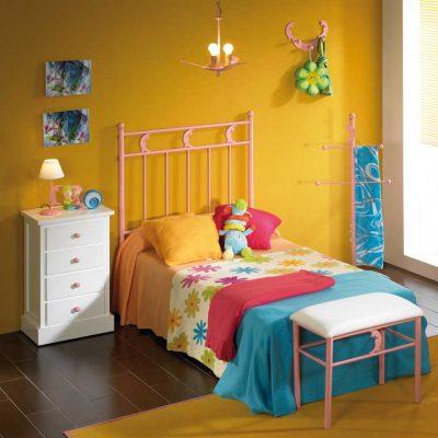 Dormitorio Juvenil de Forja Abner