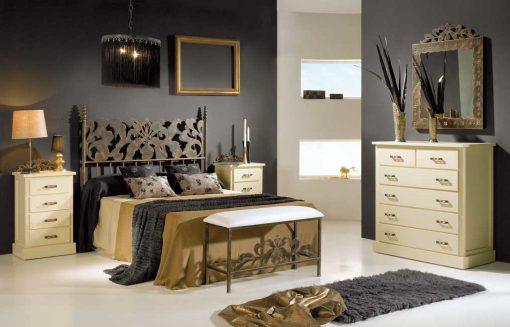 Dormitorio Matrimonio de Forja Alexia, con Banqueta, Cómoda y Espejo